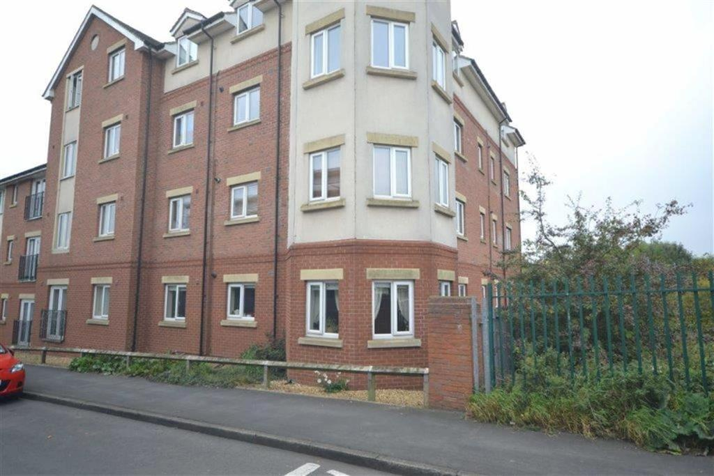 2 Bedrooms Flat for sale in Eaton Court, Nuneaton, Nuneaton