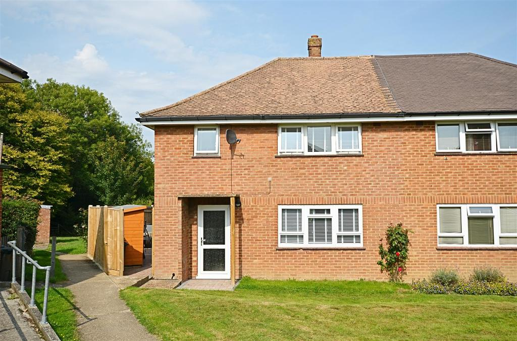 3 Bedrooms Semi Detached House for sale in Lloyds Green, Wittersham