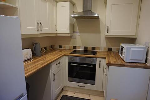 4 bedroom house share to rent - Room 4 @ 6 Smallman Road, Crewe, CW2 7NU