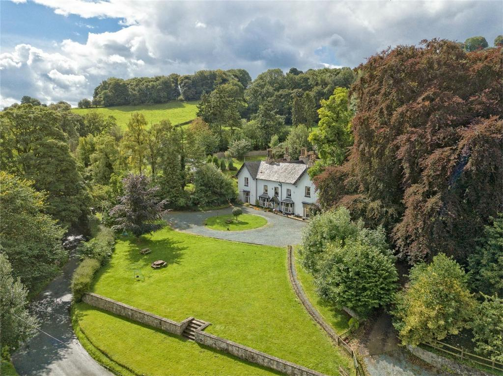 10 Bedrooms Country House Character Property for sale in Brookside Manor, Bronygarth, Oswestry, Shropshire