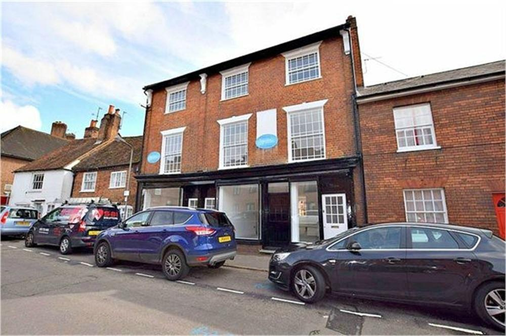 3 Bedrooms Town House for sale in Germain Street, CHESHAM, Buckinghamshire
