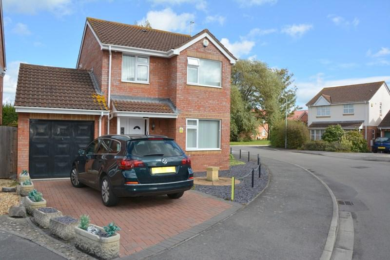 3 Bedrooms Detached House for sale in Hooper Close, Burnham-On-Sea