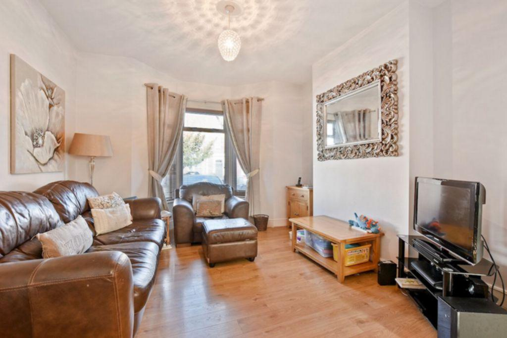 3 Bedrooms House for sale in Malvern Road, Crouch End, N8