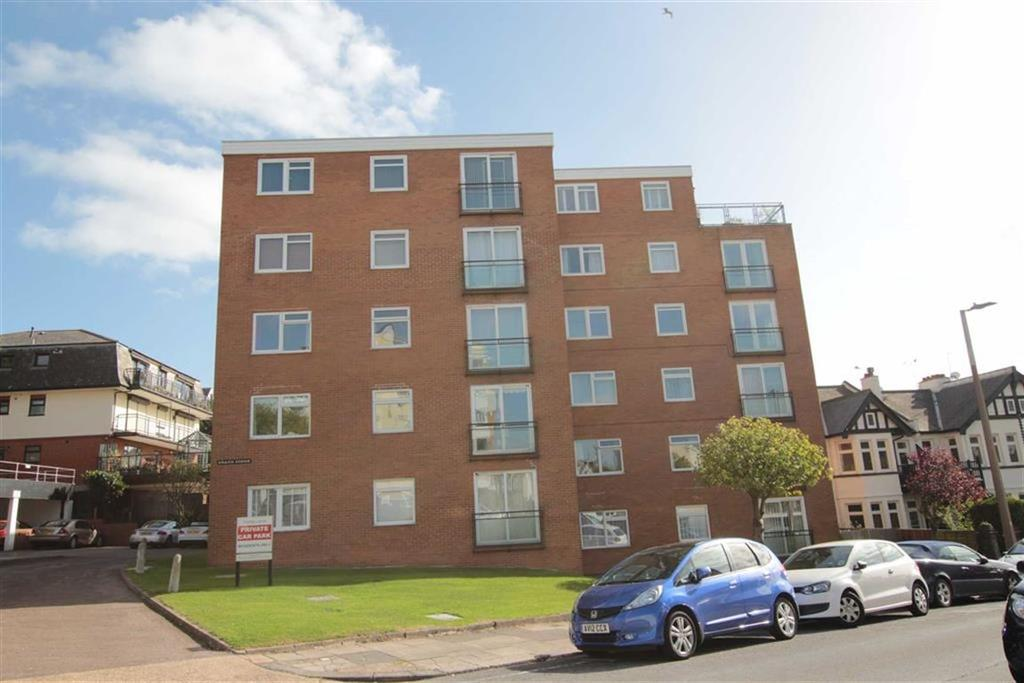 2 Bedrooms Apartment Flat for sale in Grand Drive, Leigh-On-Sea, Essex