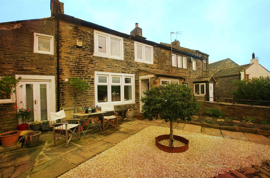 2 Bedrooms House for sale in South Parade, Stainland