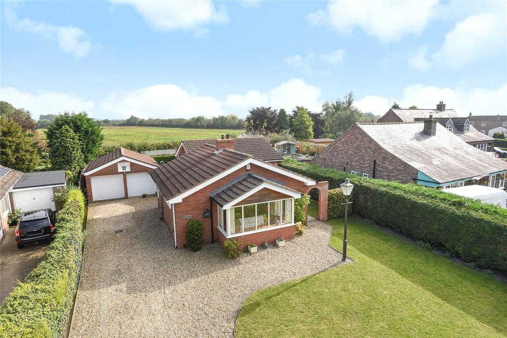 3 Bedrooms Detached Bungalow for sale in Thorpe Road, Tattershall Thorpe, LN4