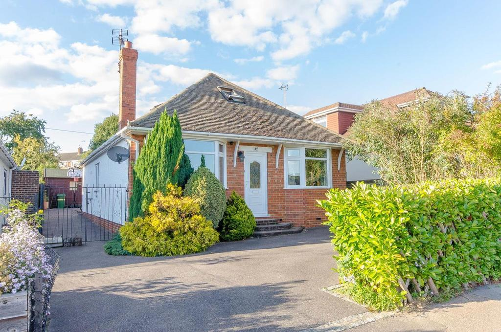 4 Bedrooms Detached House for sale in Yeoman Way , Bearsted , Maidstone , Kent