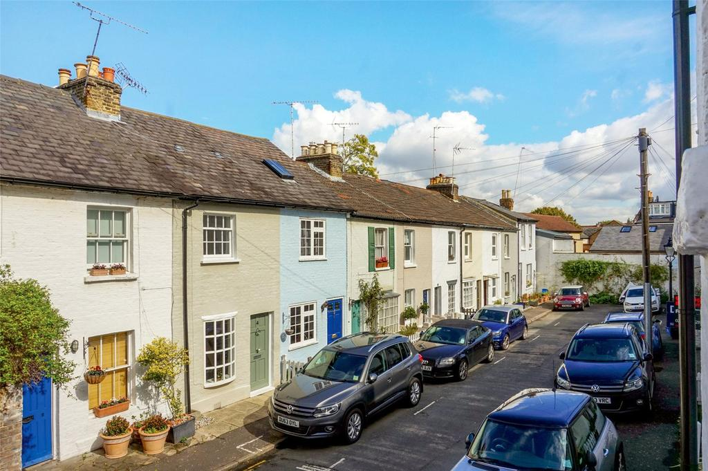 2 Bedrooms House for sale in Hyde Road, Richmond, Surrey