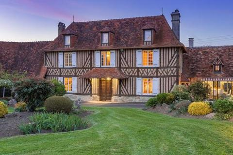 7 bedroom detached house  - Manor With 7 Hectares Of Land, Crevecoeur-En-Auge, Normandy