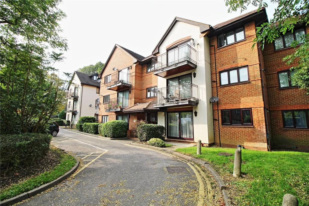 2 Bedrooms Apartment Flat for sale in Coronet House, Uxbridge Road, Stanmore, HA7