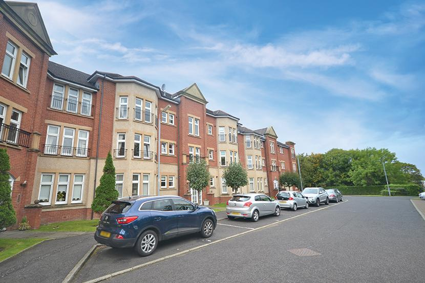2 Bedrooms Apartment Flat for sale in 2D Millbrae Court, Ayr, KA7 3GT