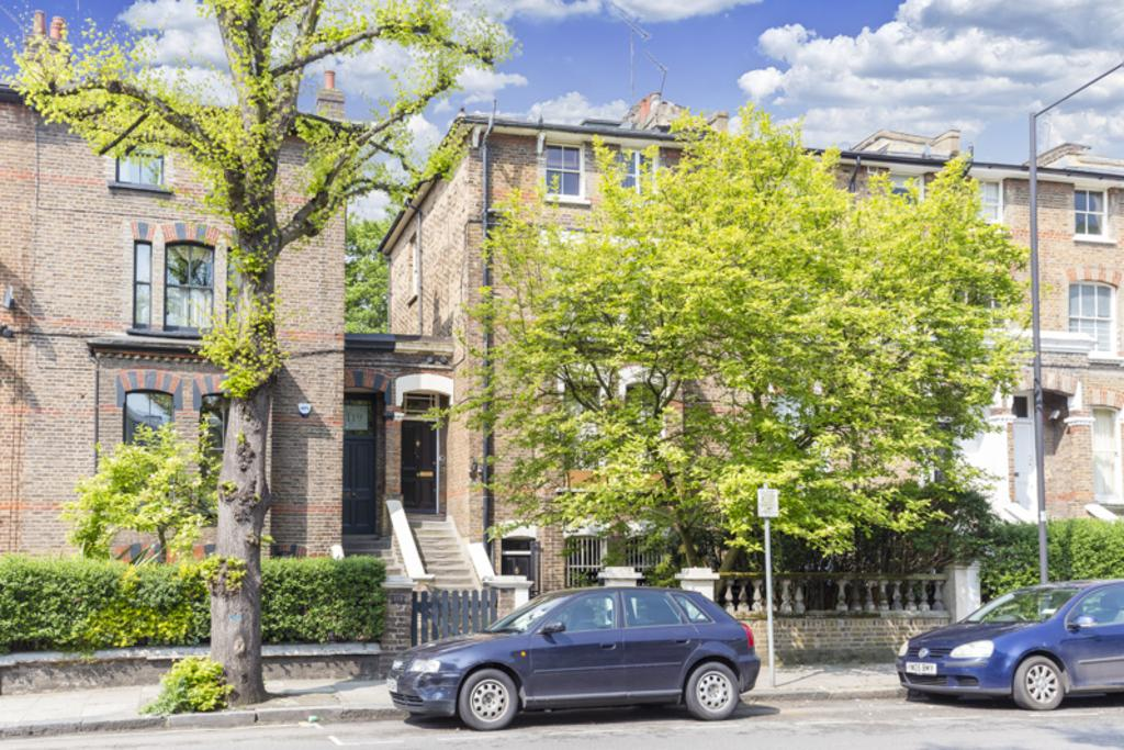 4 Bedrooms Terraced House for sale in Coningham Road, Shepherd's Bush, London, W12