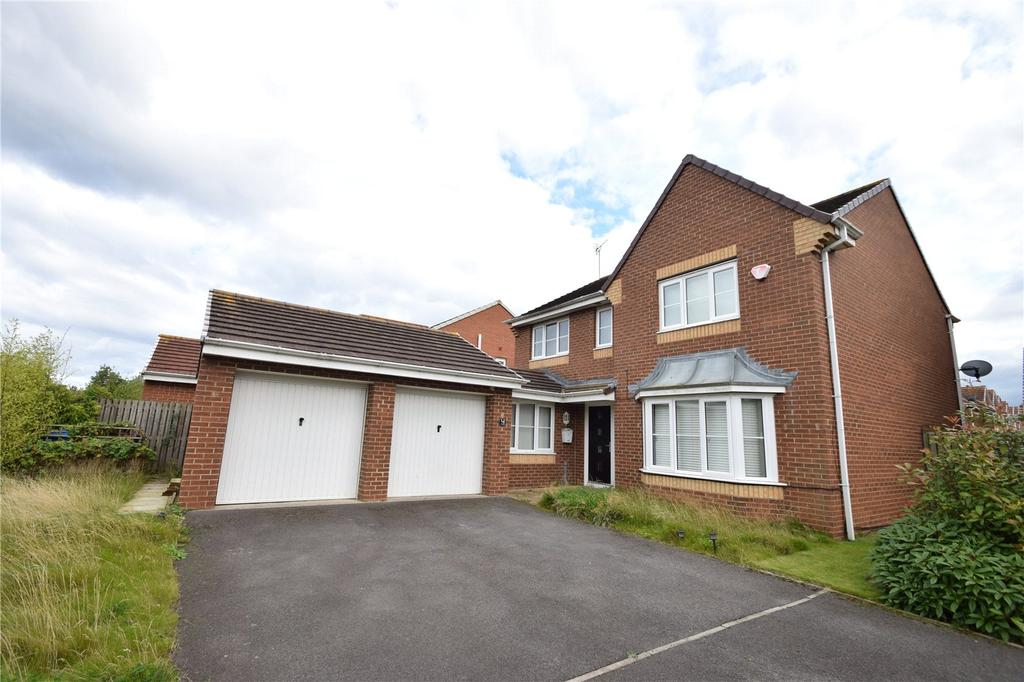 4 Bedrooms Detached House for sale in Stanton Court, Murton, Seaham, Co Durham, SR7