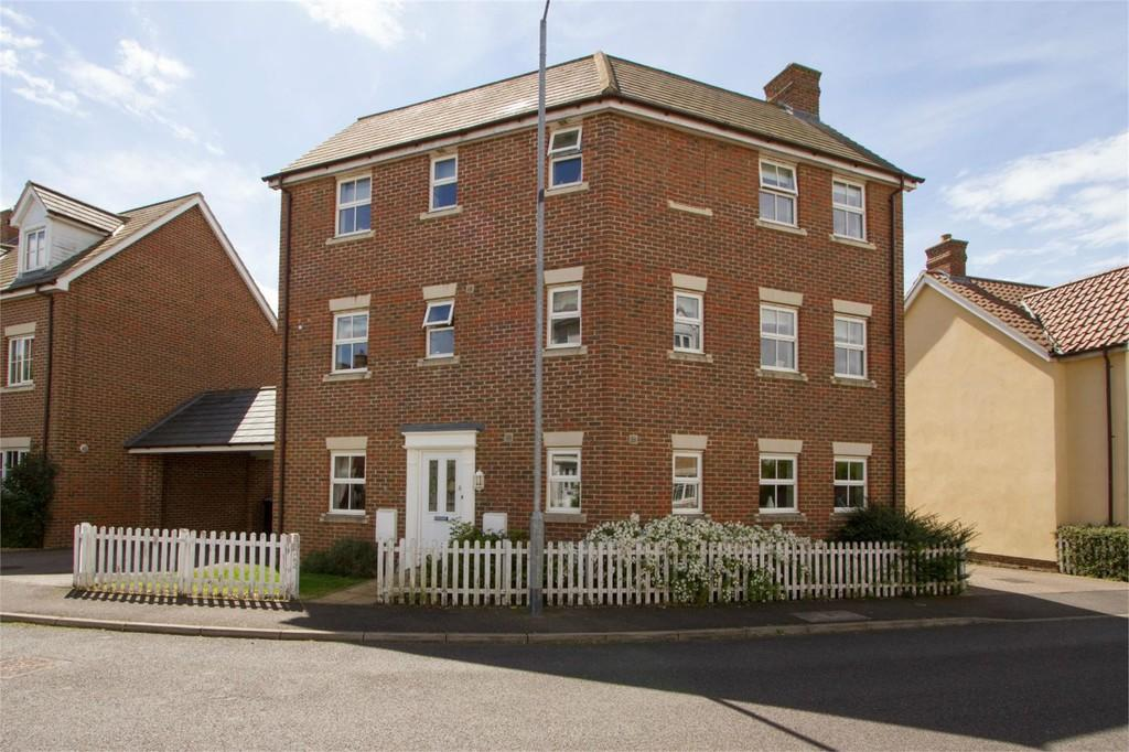 4 Bedrooms Detached House for sale in Lavender Road, Wymondham