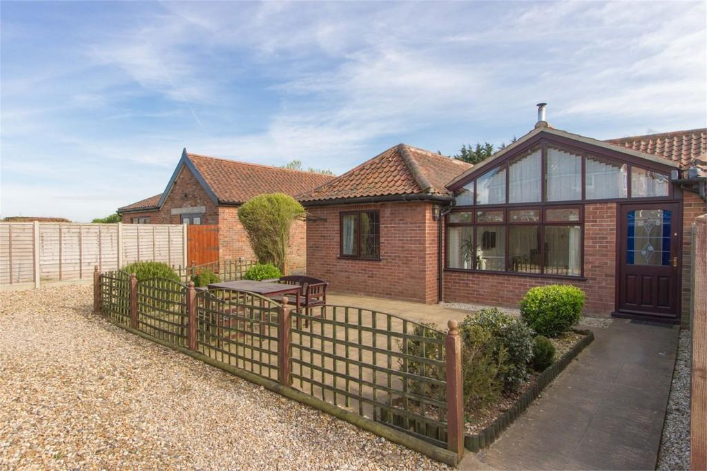 4 Bedrooms Detached Bungalow for sale in Silver Street, Besthorpe
