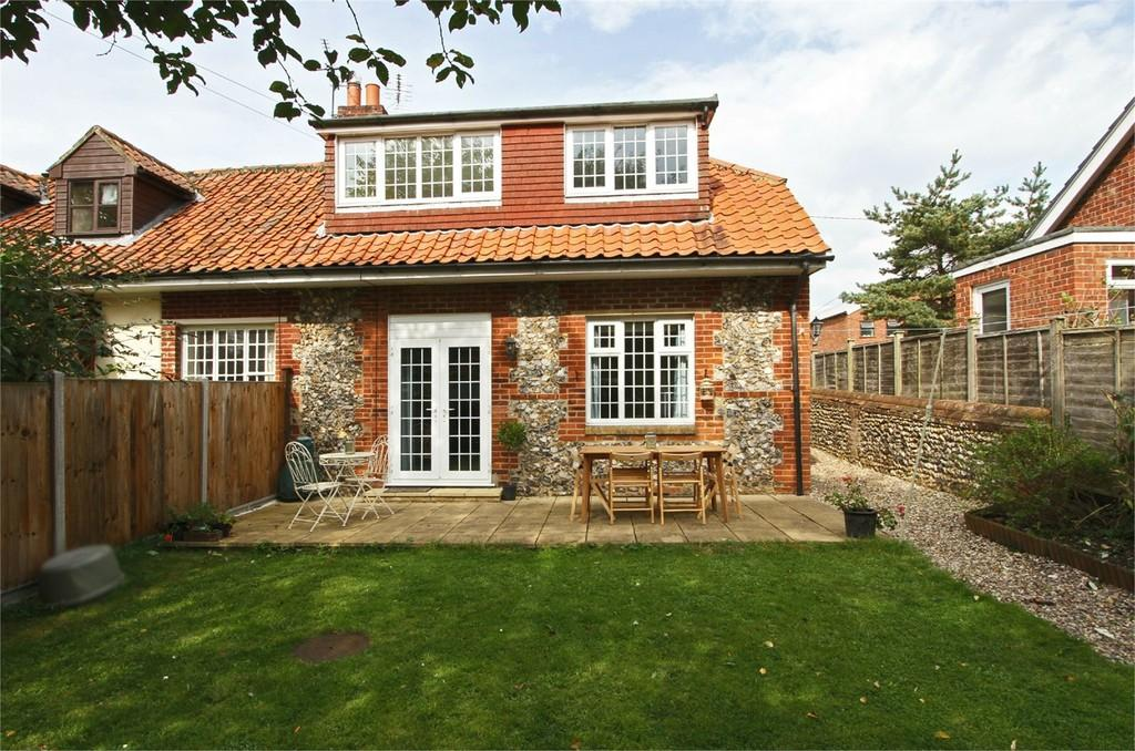 3 Bedrooms Cottage House for sale in The Street, Billingford
