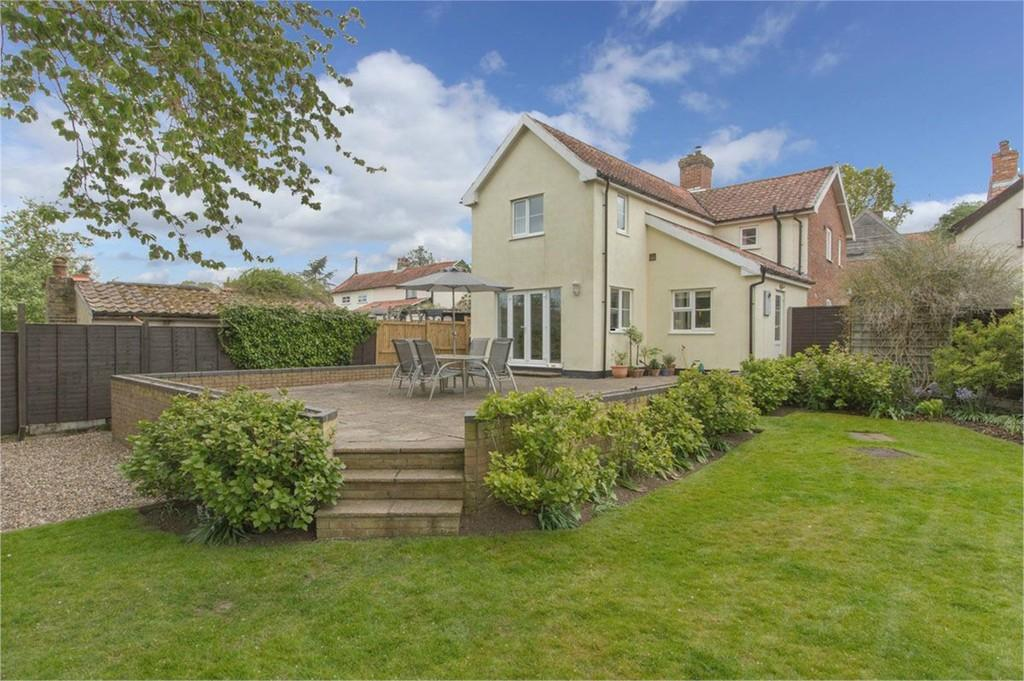 3 Bedrooms Cottage House for sale in Toprow, Wreningham