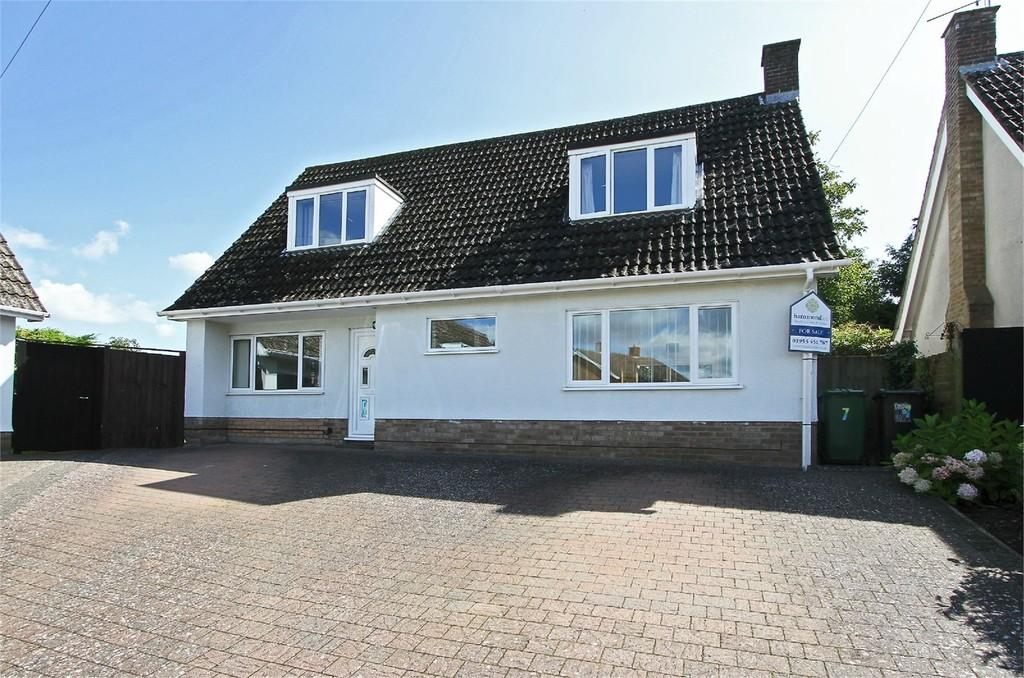 4 Bedrooms Chalet House for sale in Fox Grove, East Harling