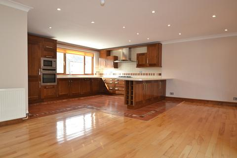 3 bedroom maisonette to rent - Eastern Promenade, Porthcawl, Bridgend County Borough, CF36 5TS