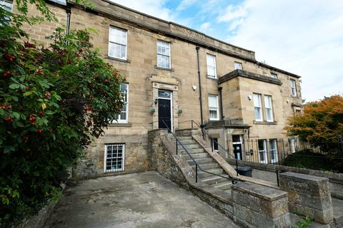 3 bedroom townhouse - Orchard Place, Hexham