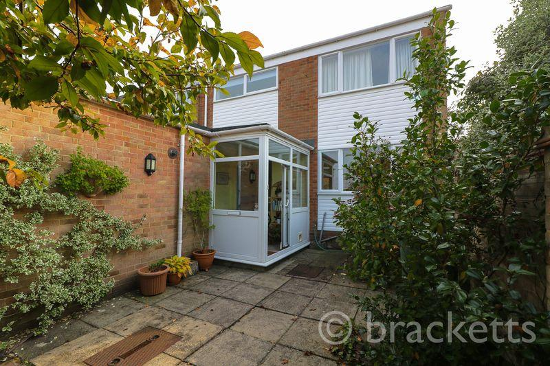 3 Bedrooms Terraced House for sale in Fernhurst Crescent, Southborough, Tunbridge Wells