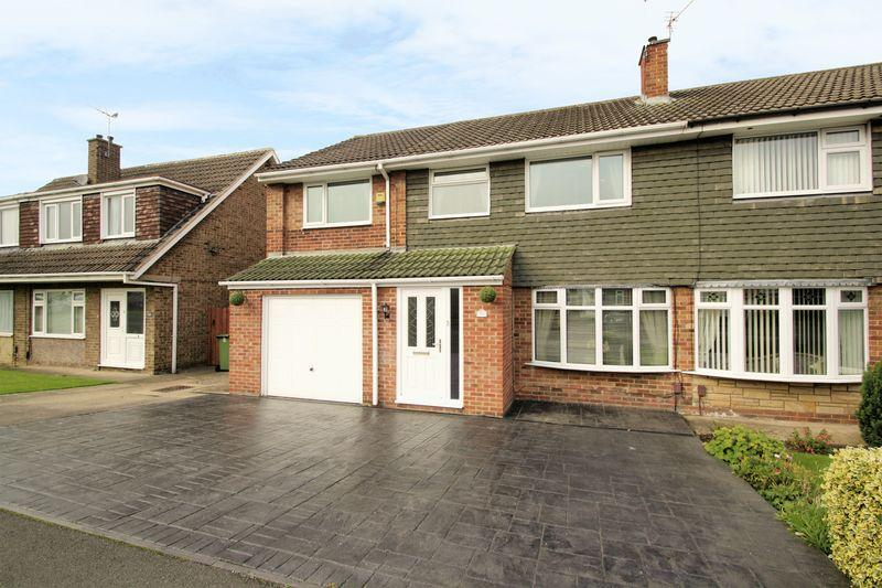 5 Bedrooms Semi Detached House for sale in Darlington Back Lane, Stockton, TS19 8TN