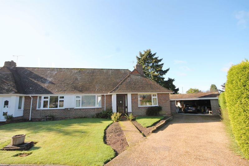 3 Bedrooms Semi Detached Bungalow for sale in Rixons Orchard, Horsted Keynes, West Sussex