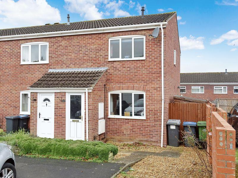 2 Bedrooms Terraced House for sale in Barnes Wallis Close, Bowerhill, Melksham