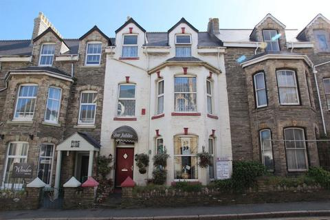 Guest house for sale - Berry Road, Newquay