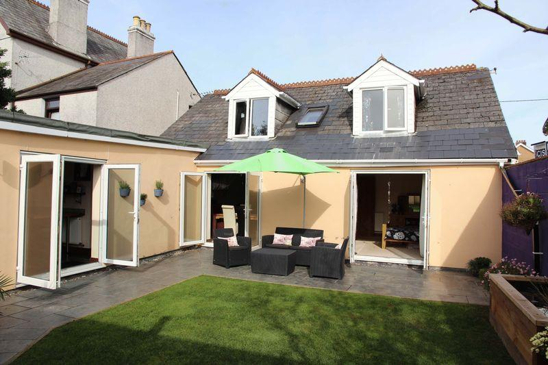 4 Bedrooms Detached Bungalow for sale in Polkyth Road, St Austell