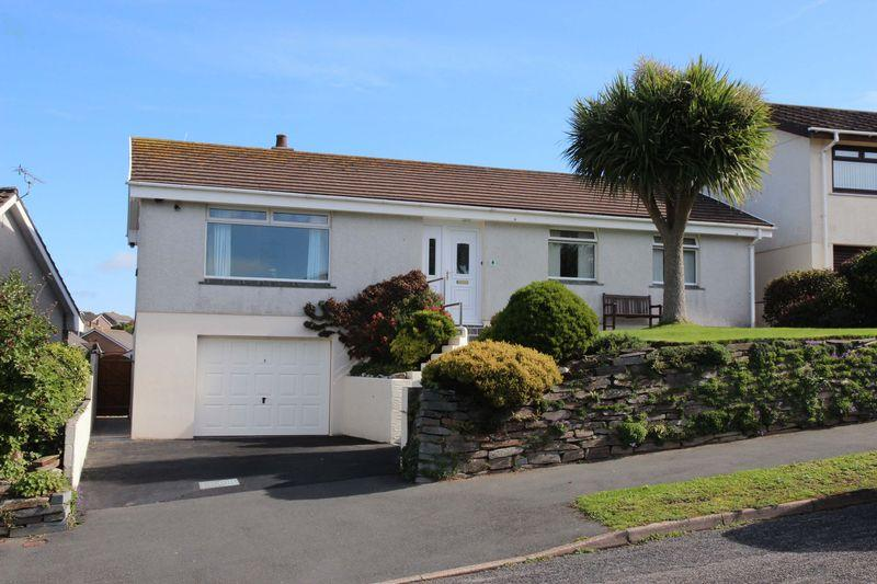 4 Bedrooms Detached Bungalow for sale in Cardell Way, Newquay