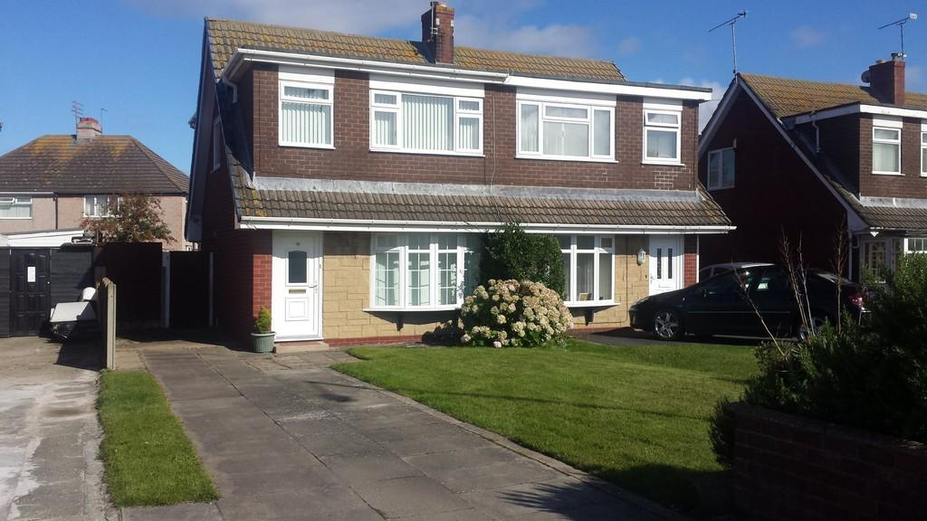 3 Bedrooms Semi Detached House for sale in Ceg Y Ffordd, Prestatyn