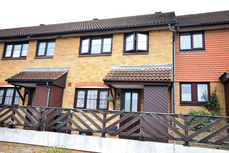 2 Bedrooms Terraced House for sale in St Annes Court, Maidstone