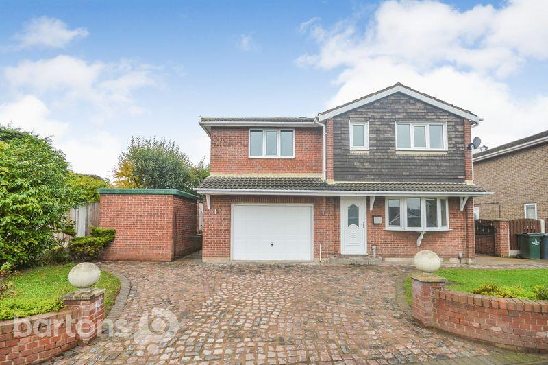 4 Bedrooms Detached House for sale in Plumpton Avenue, Mexborough
