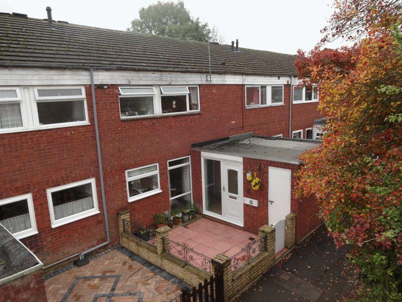 3 Bedrooms Terraced House for sale in Enfield Close.