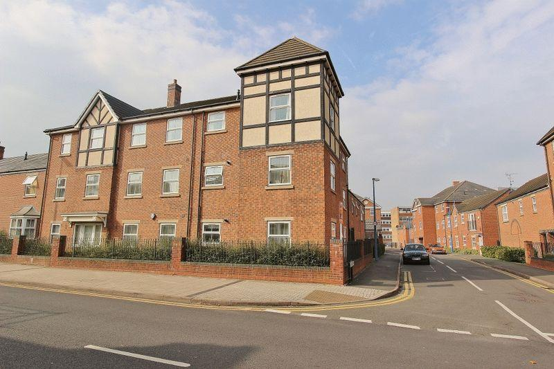 2 Bedrooms Apartment Flat for sale in Creed Way, West Bromwich