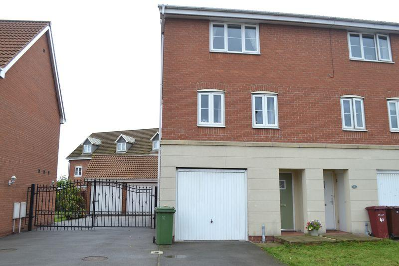 4 Bedrooms Mews House for sale in Kingfisher Way, Scunthorpe