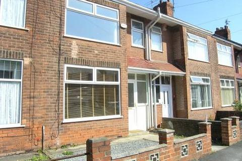 3 bedroom terraced house to rent - Sherwood Avenue, Hull
