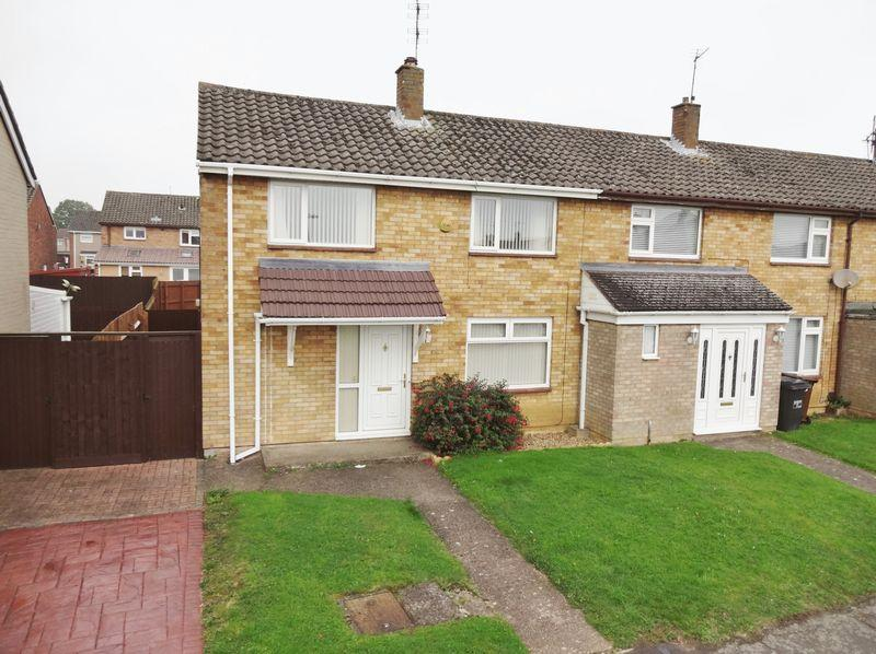 2 Bedrooms End Of Terrace House for sale in Greasley Walk, Corby