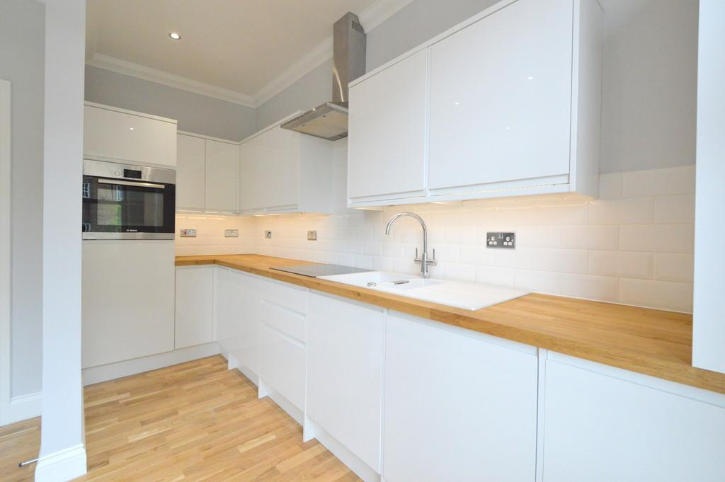 1 Bedroom Apartment Flat for sale in St. John's Hill, London