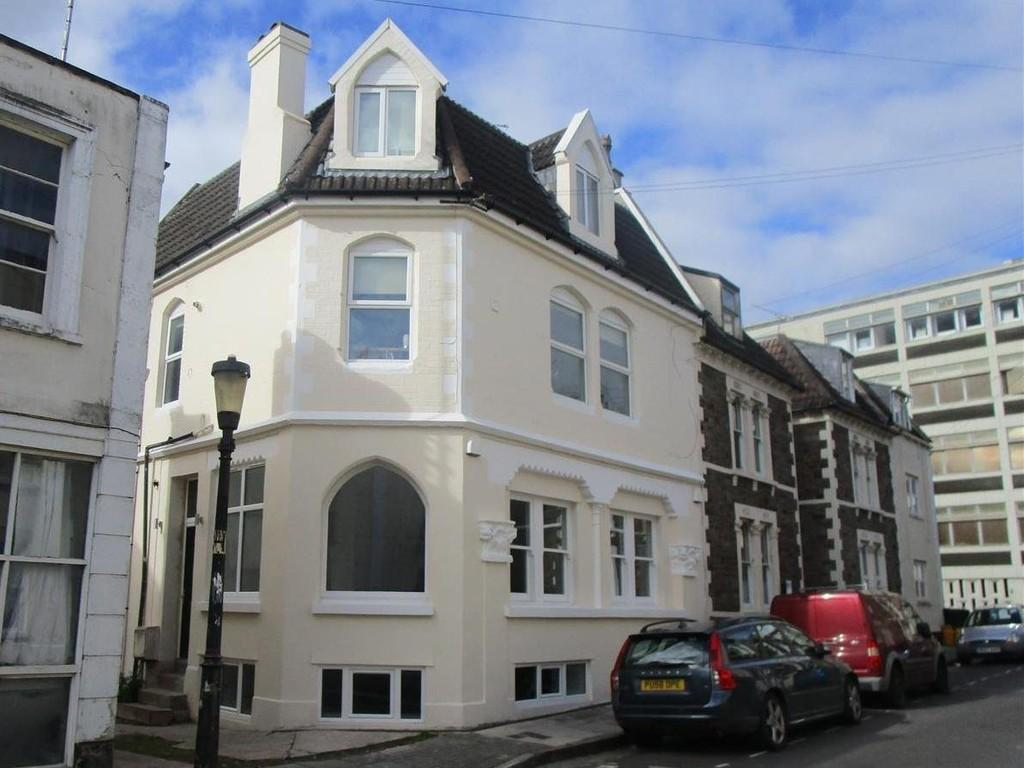 2 Bedrooms Apartment Flat for rent in Clifton, Oakfield Grove