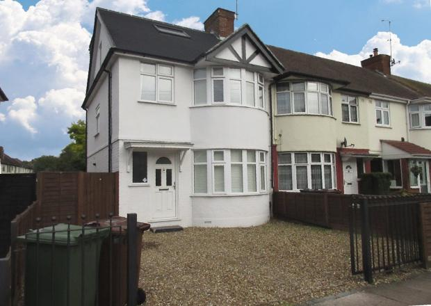 4 Bedrooms Terraced House for sale in Worton Road, Isleworth, TW7
