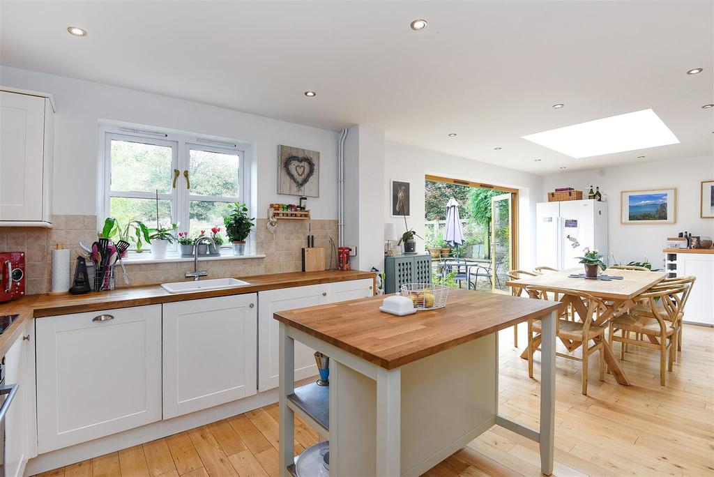 3 Bedrooms Semi Detached House for sale in Main Road, Curbridge, Witney