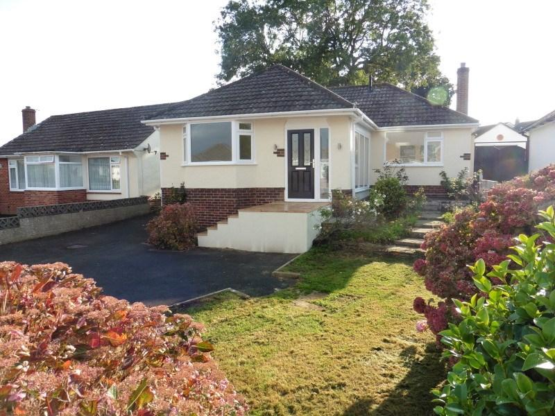 2 Bedrooms Detached Bungalow for sale in Shapland Avenue, Bear Cross, Bournemouth