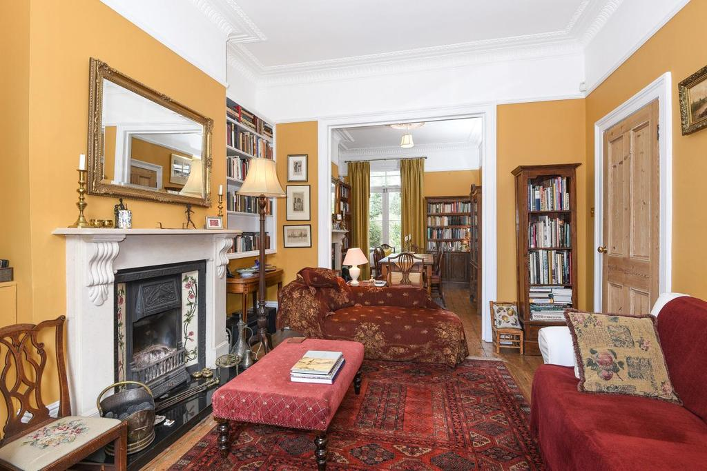 4 Bedrooms Terraced House for sale in Landrock Road, Crouch End