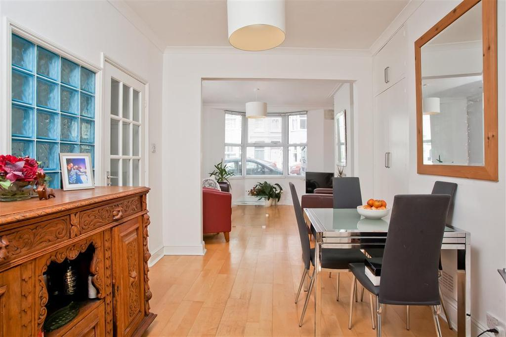 4 Bedrooms House for sale in Clyde Road, Brighton