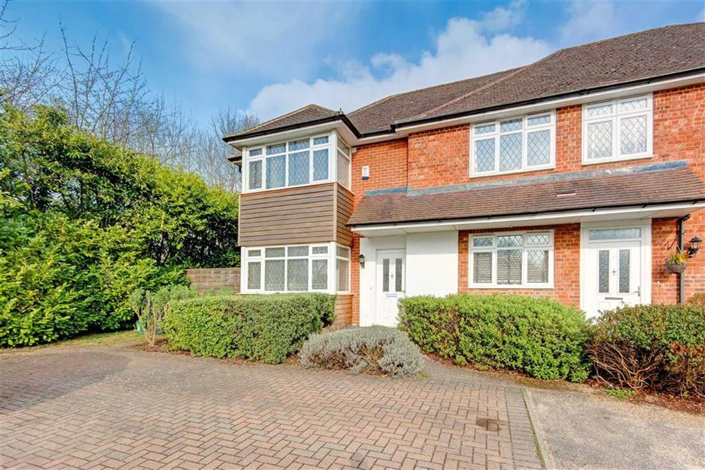 4 Bedrooms Semi Detached House for sale in Redhall End, Colney Heath, Hertfordshire