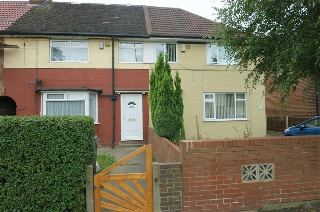 3 Bedrooms Terraced House for sale in Oakwood Lane, LS9