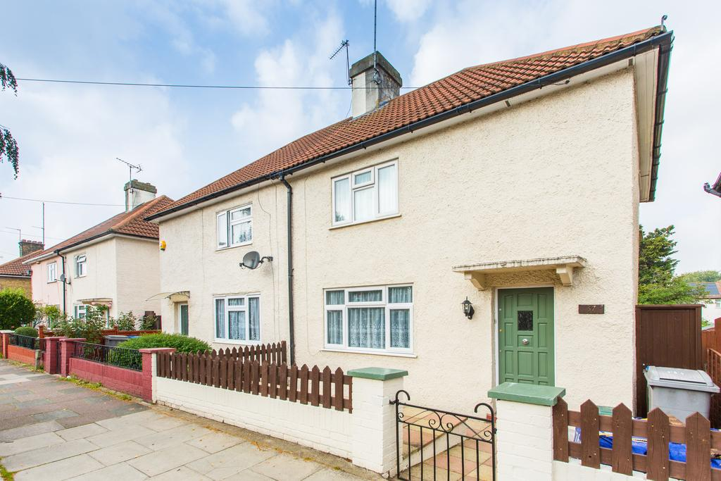 3 Bedrooms House for sale in Conduit Way, london