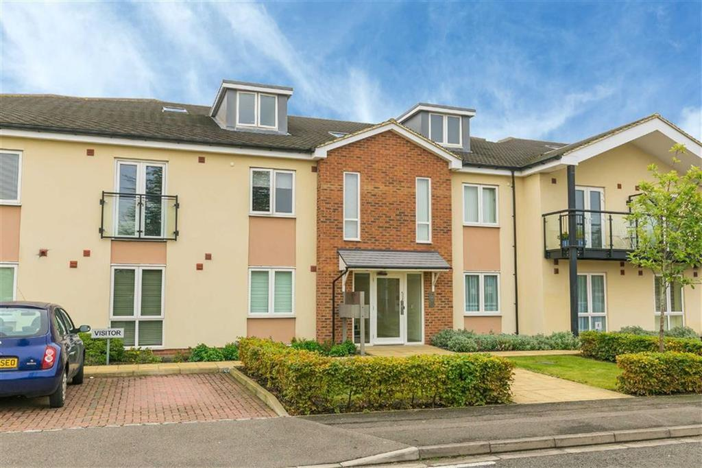 2 Bedrooms Duplex Flat for sale in Elliott Court, Ruislip, Middlesex